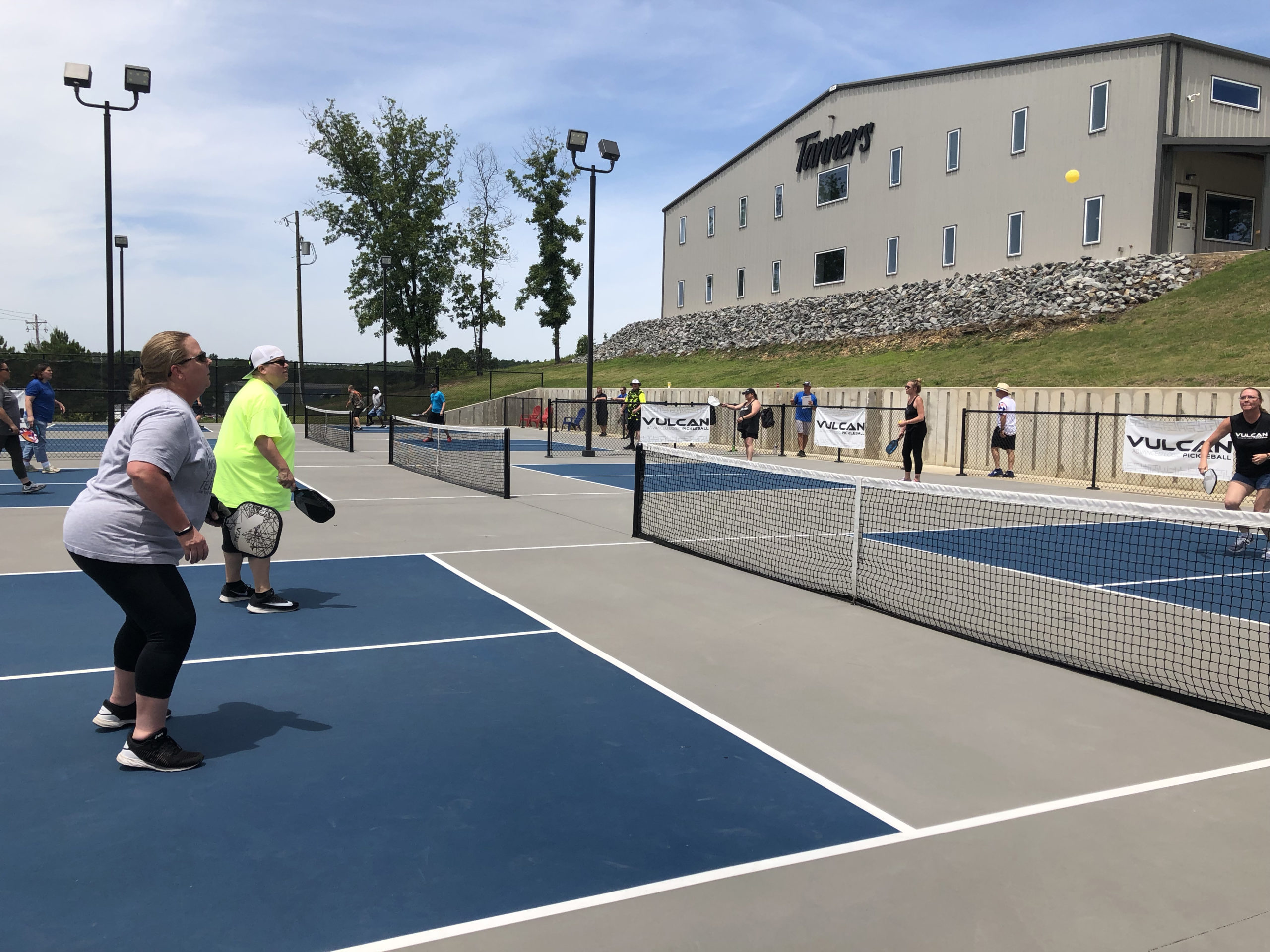 Tanners Builds Vulcan Pickleball Park